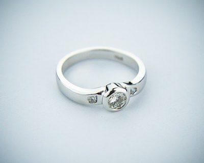 כיצד לבחור תכשיט יהלומים?