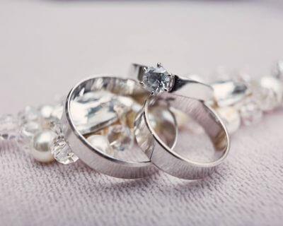 כל מה שצריך לדעת על רכישת תכשיטי יהלומים באינטרנט
